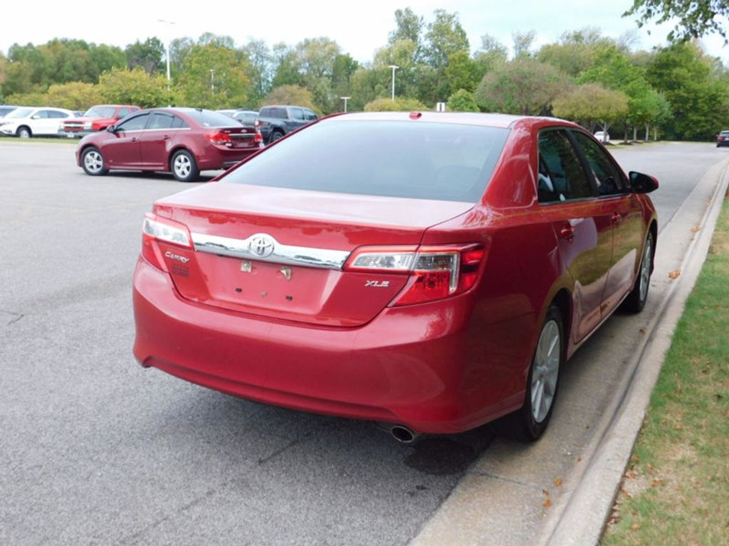 2014 Toyota Camry 4dr Sedan I4 Automatic XLE - 16824082 - 2