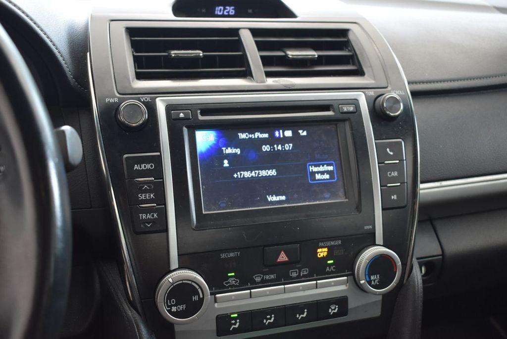 2014 Toyota Camry 4dr Sedan V6 Automatic SE - 18290859 - 11