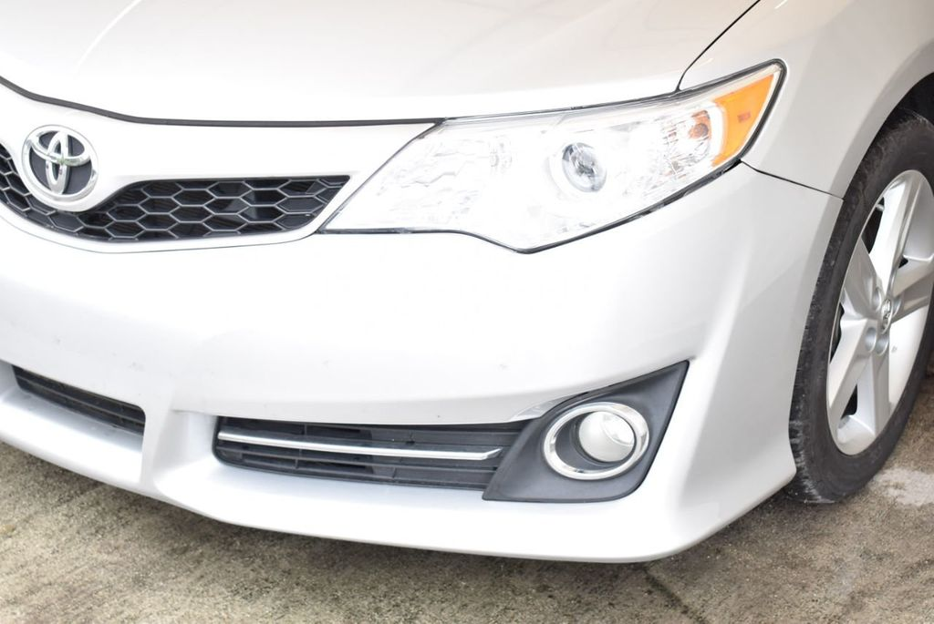 2014 Toyota Camry 4dr Sedan V6 Automatic SE - 18290859 - 3
