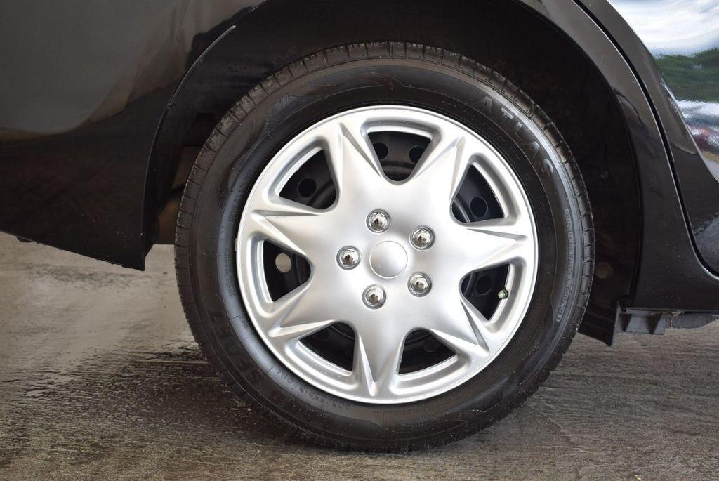 2014 Toyota Corolla  - 17974564 - 9
