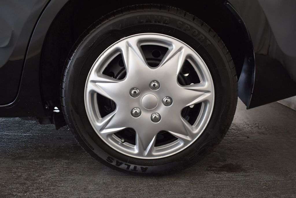 2014 Toyota Corolla  - 17974564 - 10