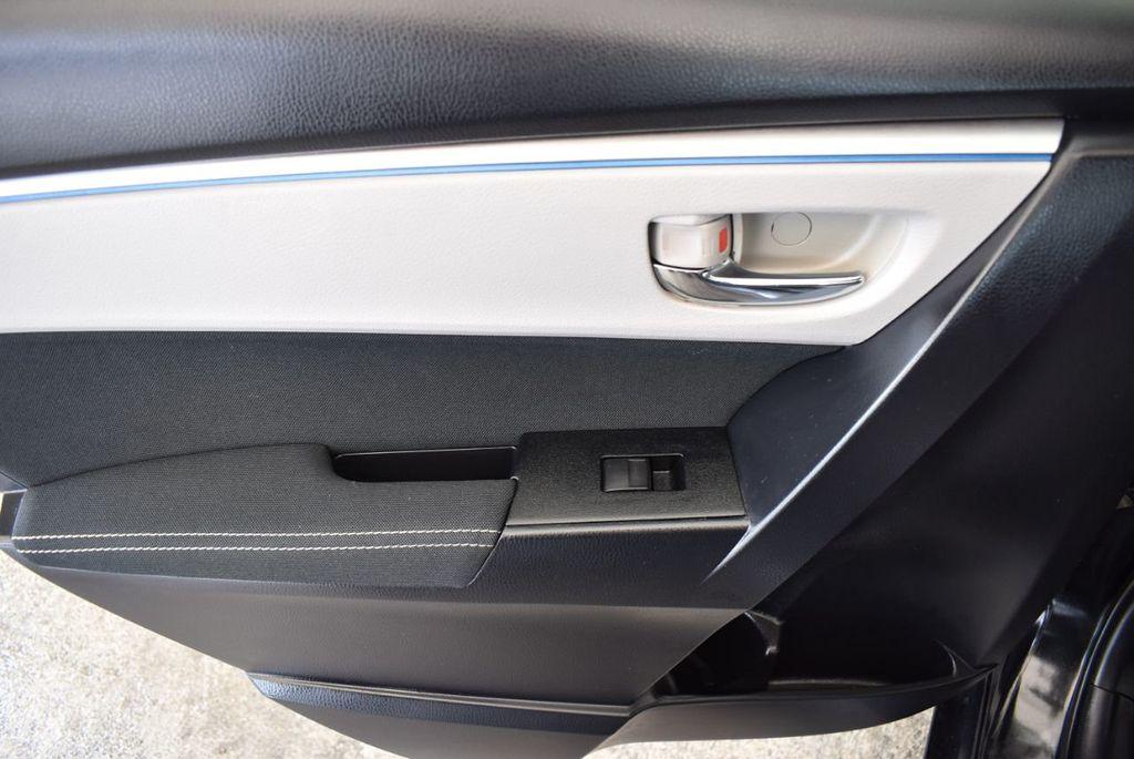 2014 Toyota Corolla  - 17974564 - 13