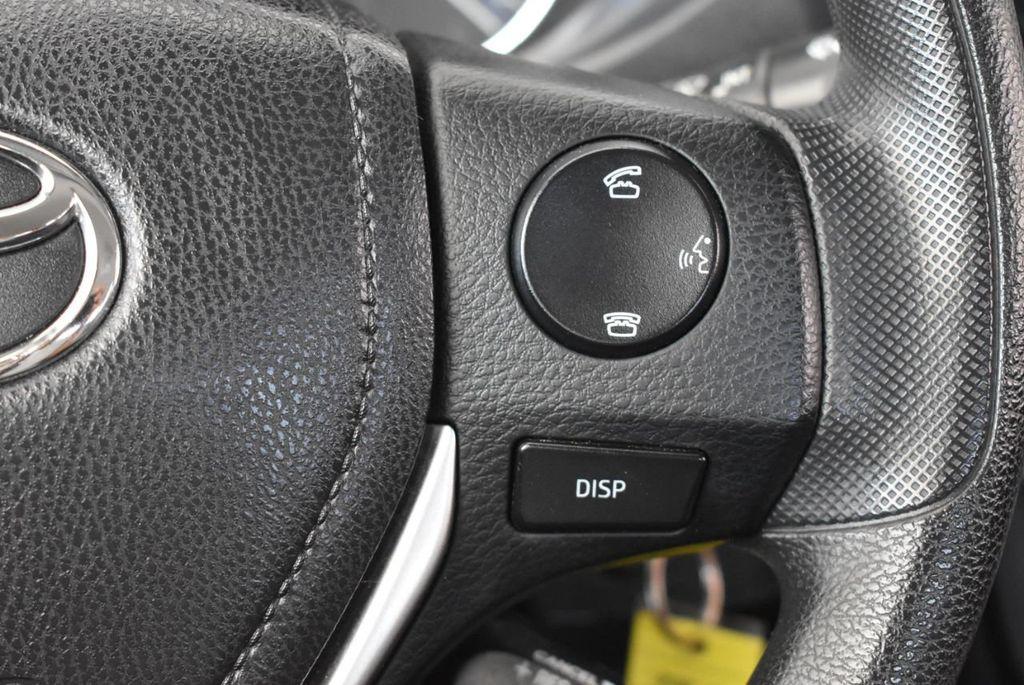 2014 Toyota Corolla  - 17974564 - 18