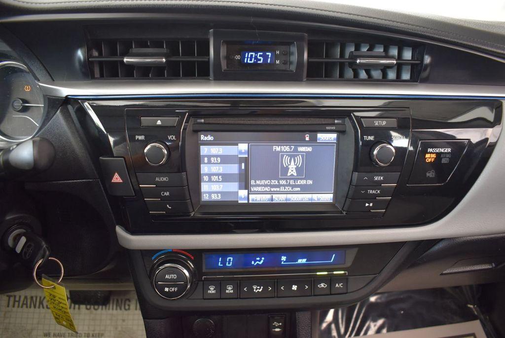 2014 Toyota Corolla  - 17974564 - 20