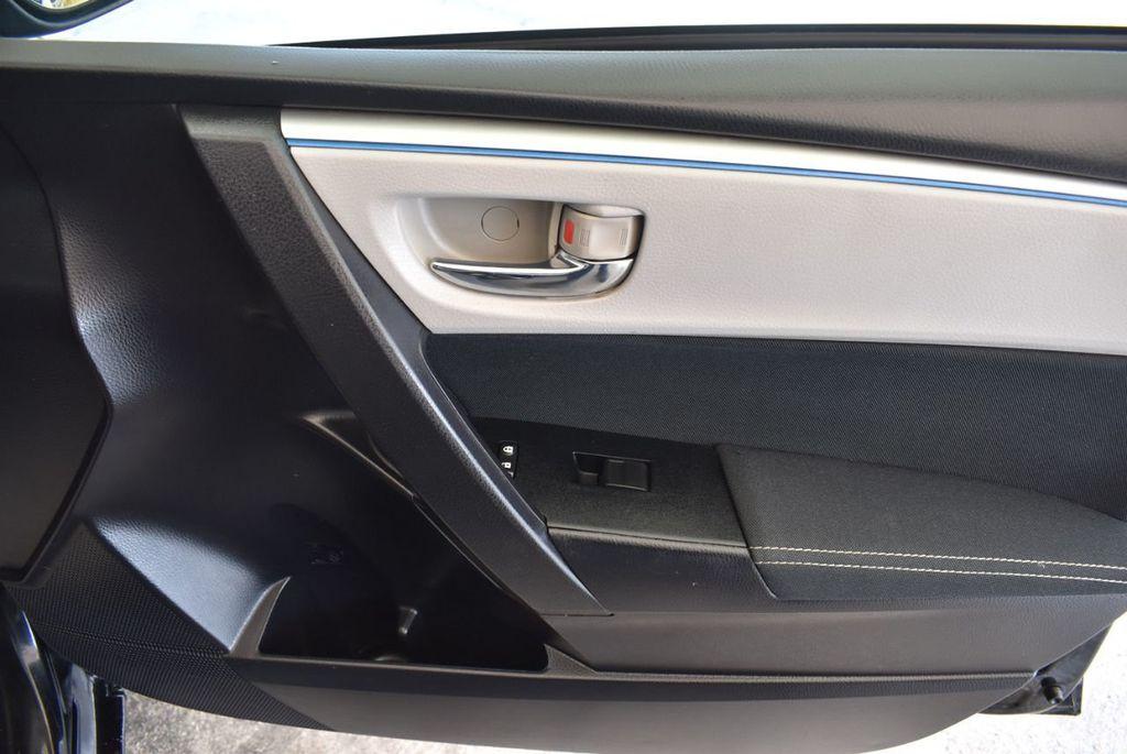 2014 Toyota Corolla  - 17974564 - 25
