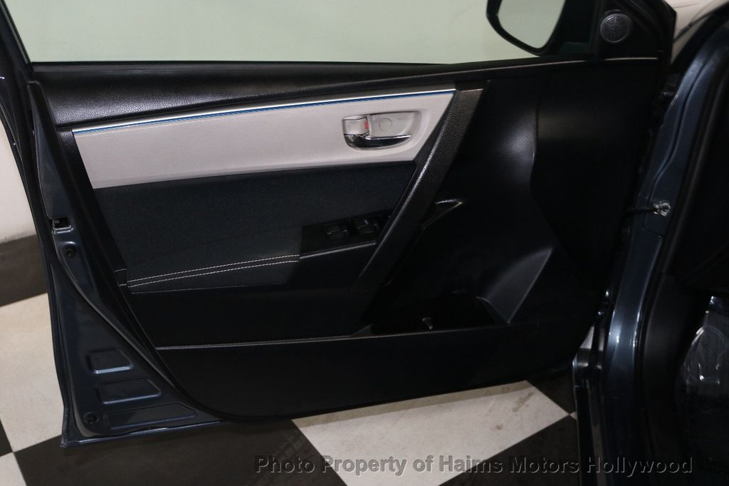 2014 Toyota Corolla  - 18658504 - 9