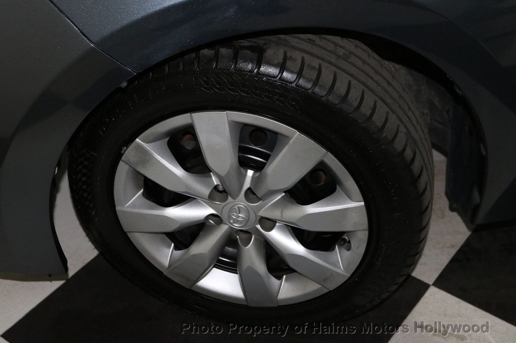 2014 Toyota Corolla  - 18658504 - 30