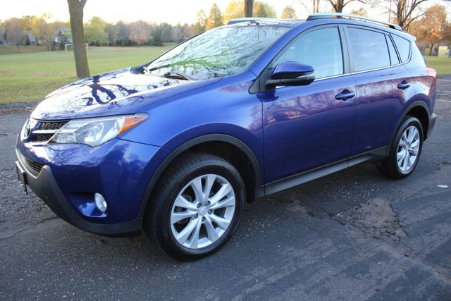 2014 Toyota RAV4 AWD LIMITED NAVIGATION LEATHER MOONROOF - Click to see full-size photo viewer