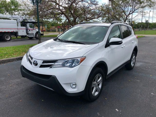 2014 used toyota rav4 fwd 4dr xle at a luxury autos. Black Bedroom Furniture Sets. Home Design Ideas