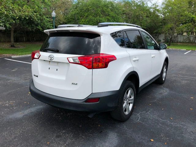 2014 Toyota RAV4 FWD 4dr XLE - Click to see full-size photo viewer