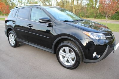 2014 Toyota RAV4 ONE OWNER AWD XLE MOONROOF  SUV