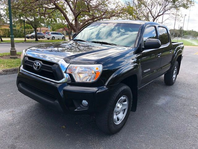 2014 used toyota tacoma 2wd double cab v6 automatic prerunner at a luxury autos serving miramar. Black Bedroom Furniture Sets. Home Design Ideas