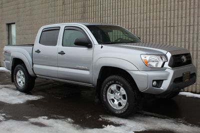 2014 Toyota Tacoma 4WD DOUBLE CAB TRD OFF ROAD  Truck