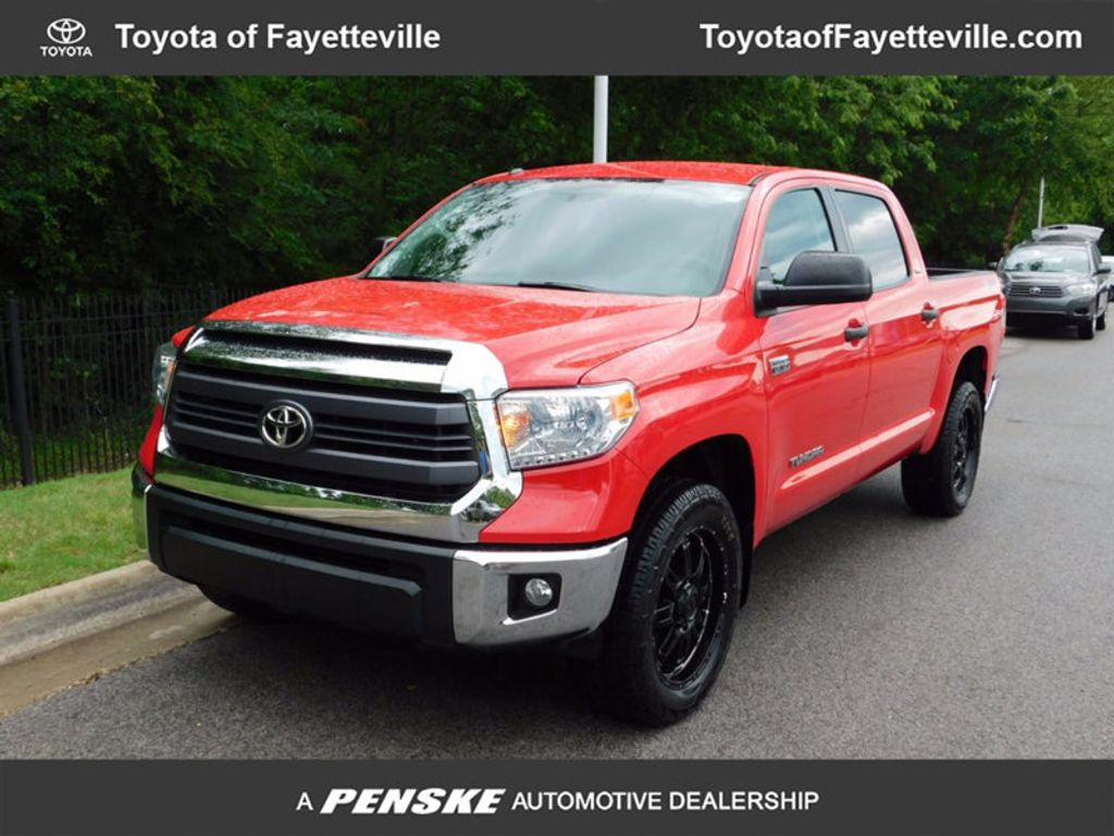 2014 Toyota Tundra CrewMax 5.7L FFV V8 6-Spd AT SR5 (Natl) - 16416445 - 0