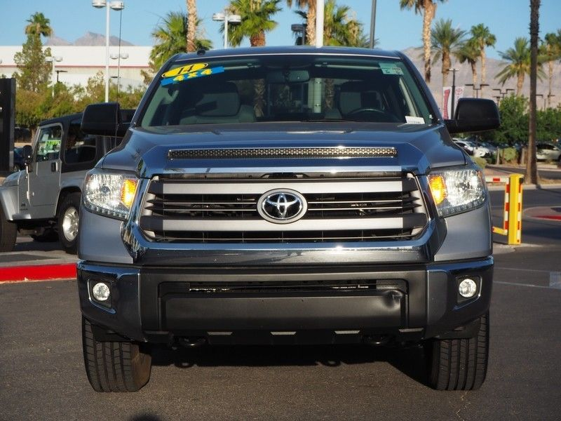 2014 Toyota Tundra CrewMax 5.7L V8 6-Spd AT SR5 (Natl) - 17749457 - 1