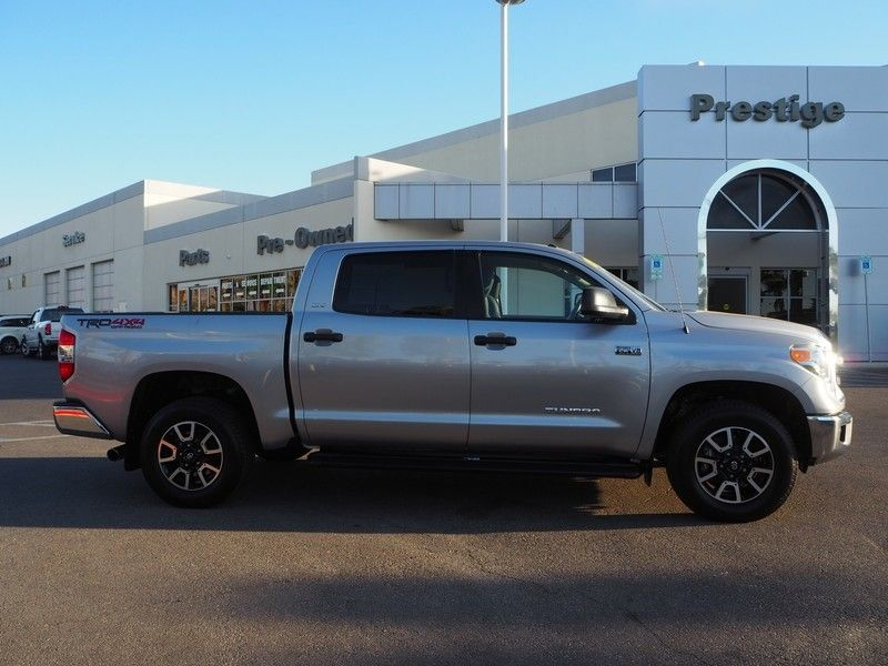 2014 Toyota Tundra CrewMax 5.7L V8 6-Spd AT SR5 (Natl) - 17749457 - 3