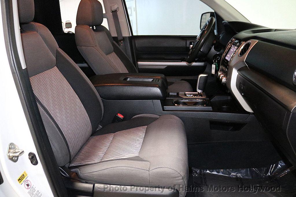 2014 Toyota Tundra Double Cab 4.6L V8 6-Spd AT SR5 (GS) - 18373364 - 13