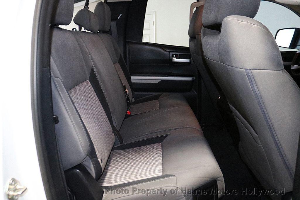 2014 Toyota Tundra Double Cab 4.6L V8 6-Spd AT SR5 (GS) - 18373364 - 14