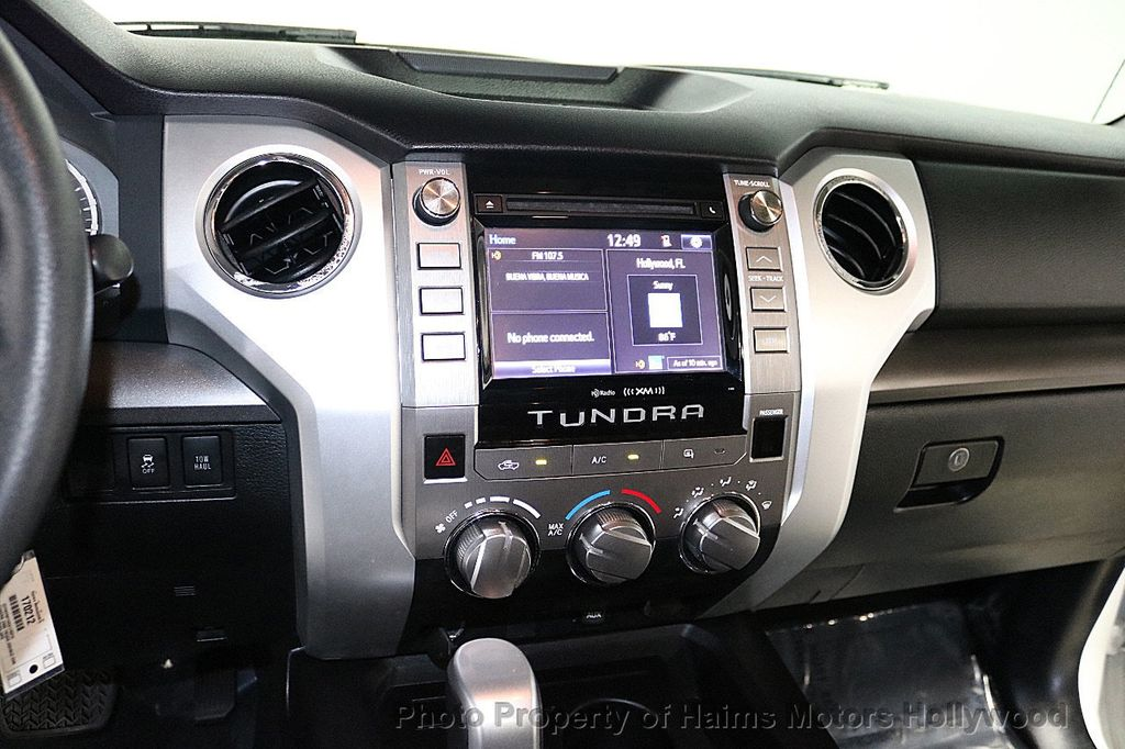 2014 Toyota Tundra Double Cab 4.6L V8 6-Spd AT SR5 (GS) - 18373364 - 19