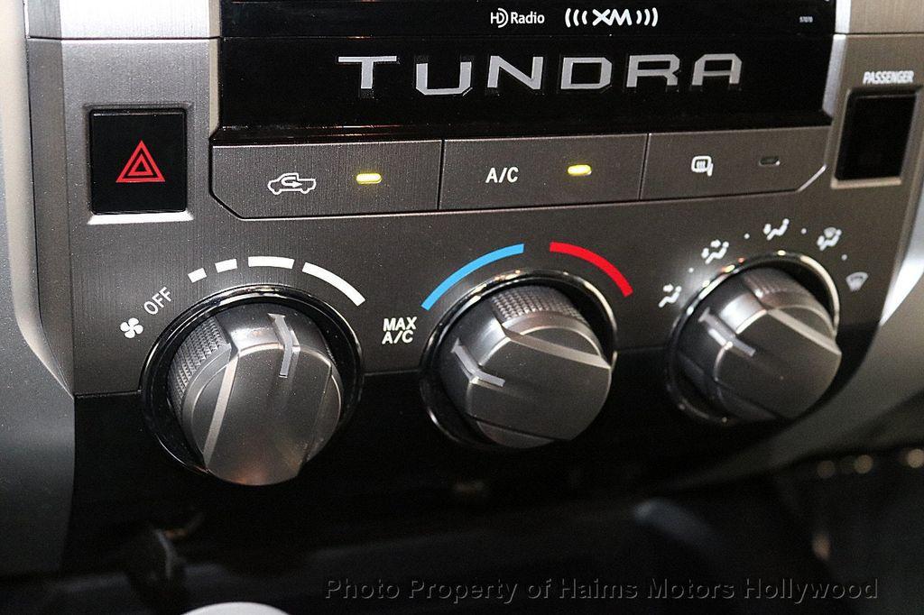 2014 Toyota Tundra Double Cab 4.6L V8 6-Spd AT SR5 (GS) - 18373364 - 22