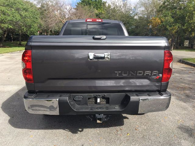 2014 Toyota Tundra Double Cab 5.7L V8 6-Spd AT SR5 (Natl) - Click to see full-size photo viewer