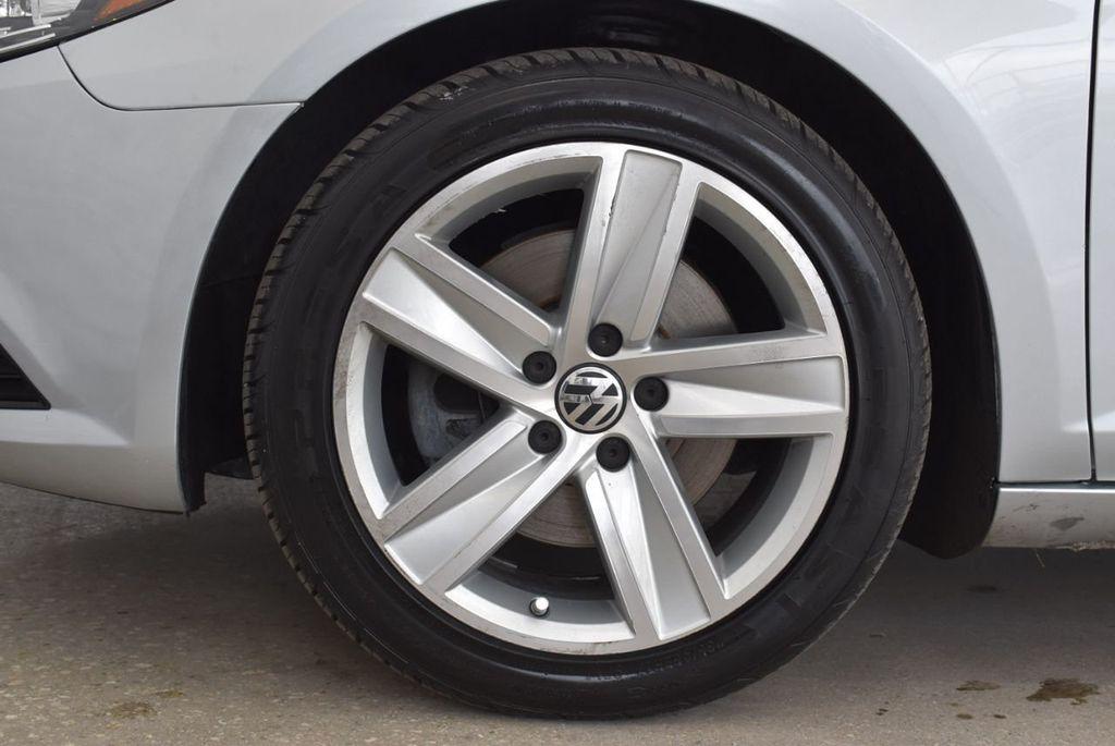 2014 Volkswagen CC Sport - 18387277 - 9