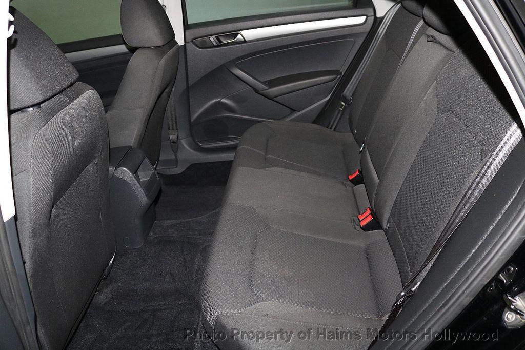 2014 Volkswagen Passat S - 17802207 - 15