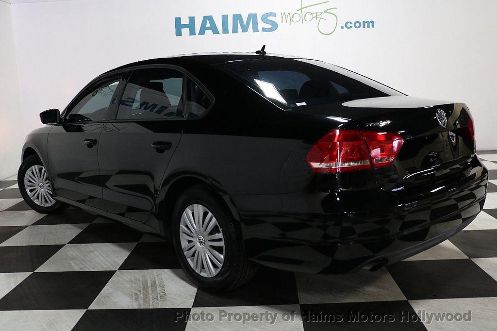2014 Volkswagen Passat S - 17802207 - 4
