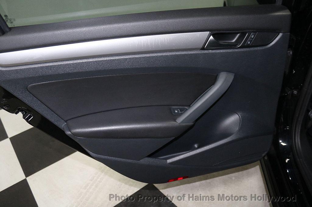 2014 Volkswagen Passat S - 17911470 - 11