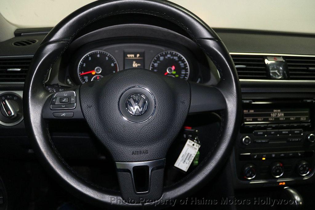 2014 Volkswagen Passat S - 17911470 - 26