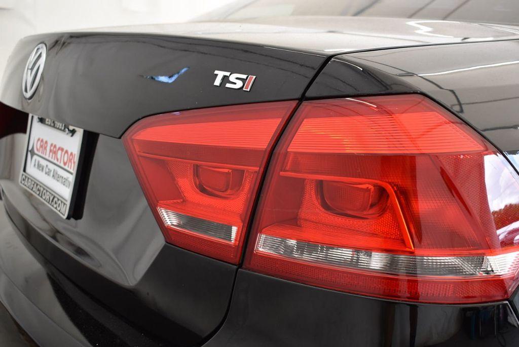 2014 Volkswagen Passat S - 18250859 - 1