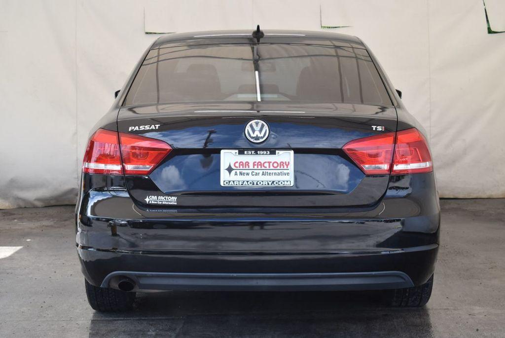 2014 Volkswagen Passat S - 18250859 - 7
