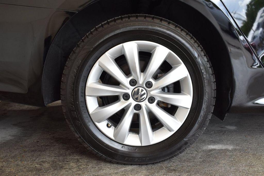 2014 Volkswagen Passat S - 18250859 - 8