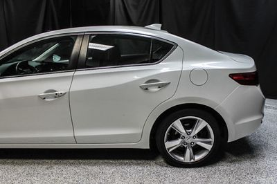 2015 Acura ILX 4dr Sedan 2.0L Premium Pkg - Click to see full-size photo viewer