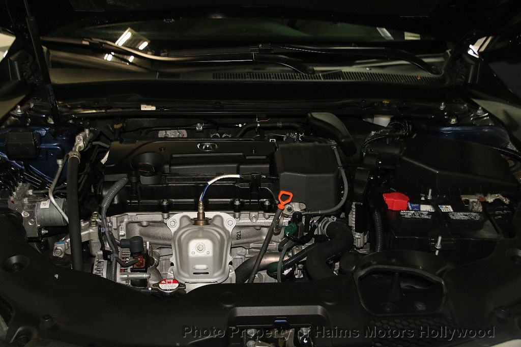 2015 Acura TLX 4dr Sedan FWD - 17174108 - 30