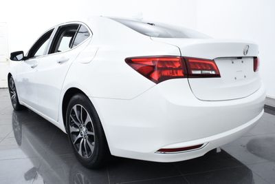 2015 Acura TLX 4dr Sedan FWD - Click to see full-size photo viewer