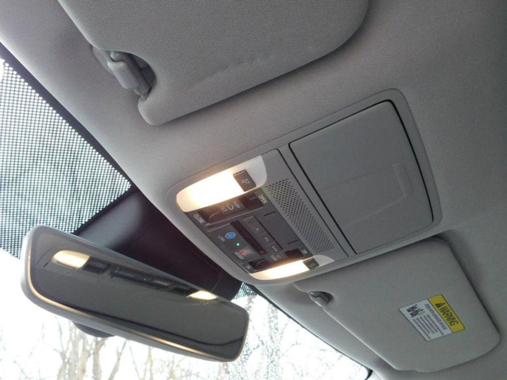 2015 Acura TLX 4dr Sedan FWD Tech - 18495811 - 20