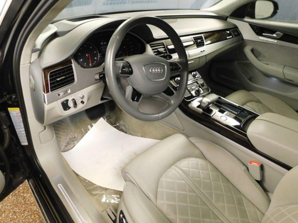 2015 Audi A8 4dr Sedan 4.0T - 18519481 - 25