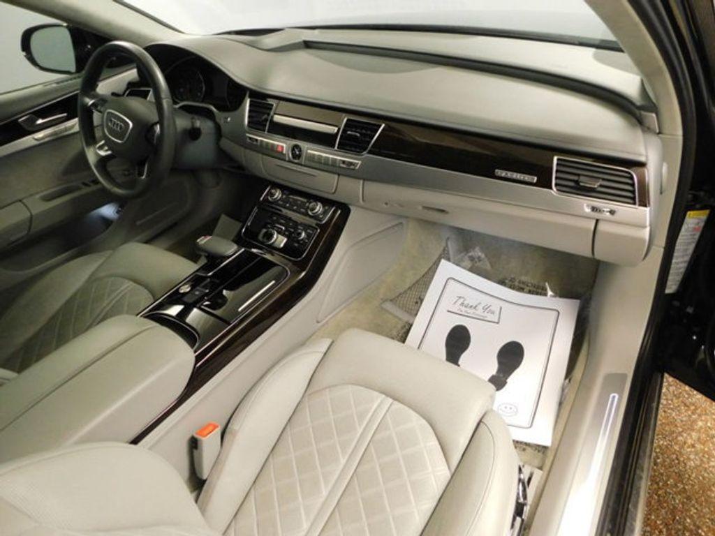 2015 Audi A8 4dr Sedan 4.0T - 18519481 - 26