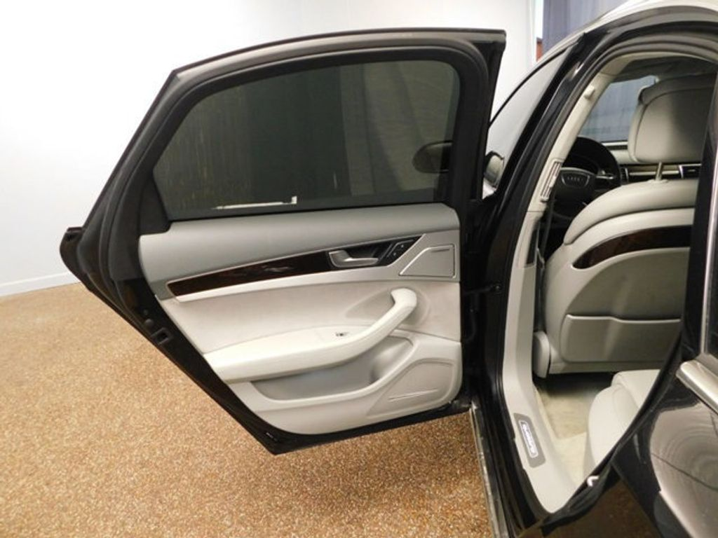 2015 Audi A8 4dr Sedan 4.0T - 18519481 - 37