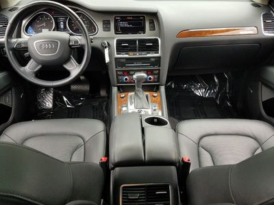 2015 Audi Q7 quattro 4dr 3.0T S line Prestige - Click to see full-size photo viewer