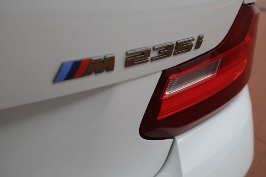 2015 BMW 2 Series M235i xDrive - 17435279 - 4