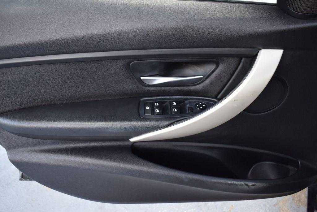 2015 BMW 3 Series 320i - 18387247 - 13