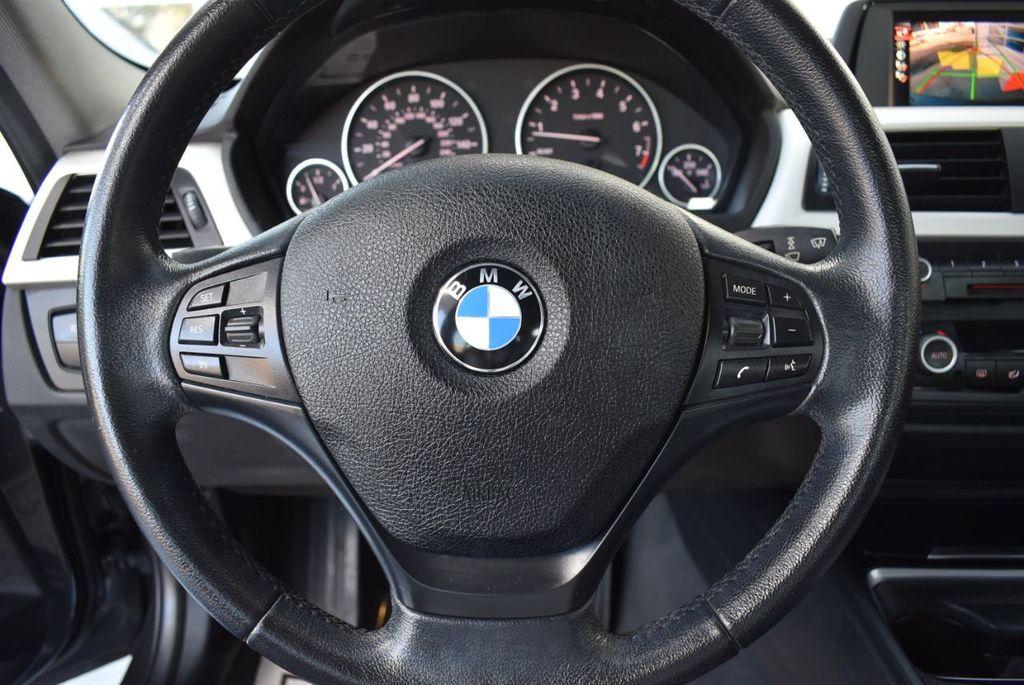 2015 BMW 3 Series 320i - 18387247 - 17