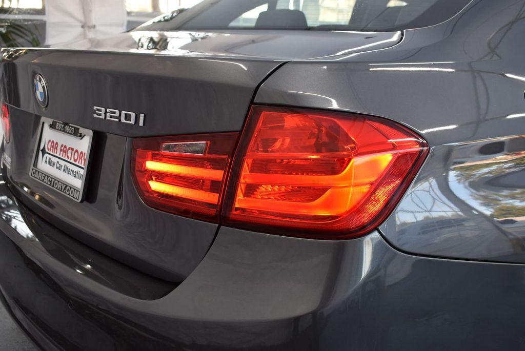 2015 BMW 3 Series 320i - 18387247 - 1