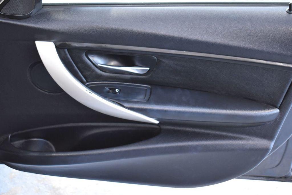 2015 BMW 3 Series 320i - 18387247 - 24