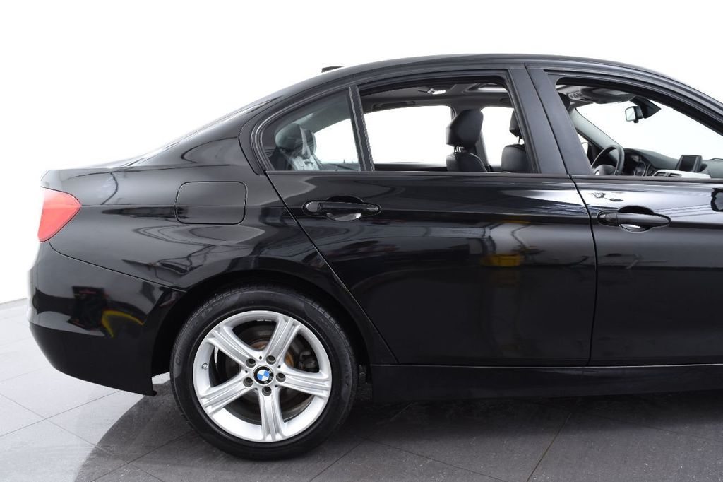 2015 BMW 3 Series 320i xDrive - 17638746 - 7