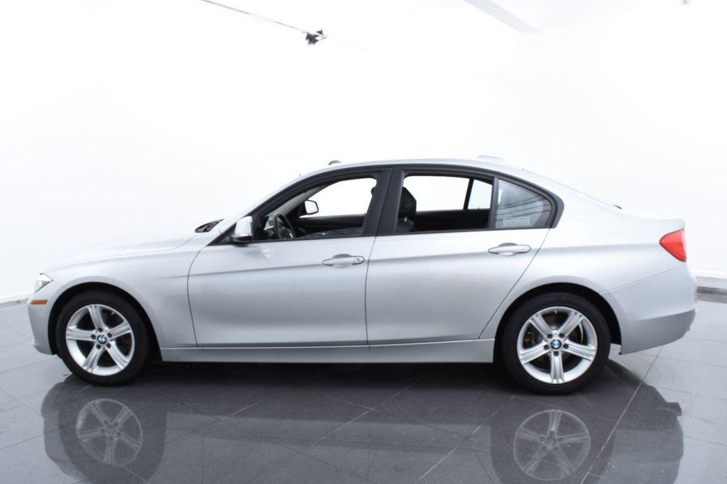 2015 BMW 3 Series 320i xDrive - 17910535 - 10