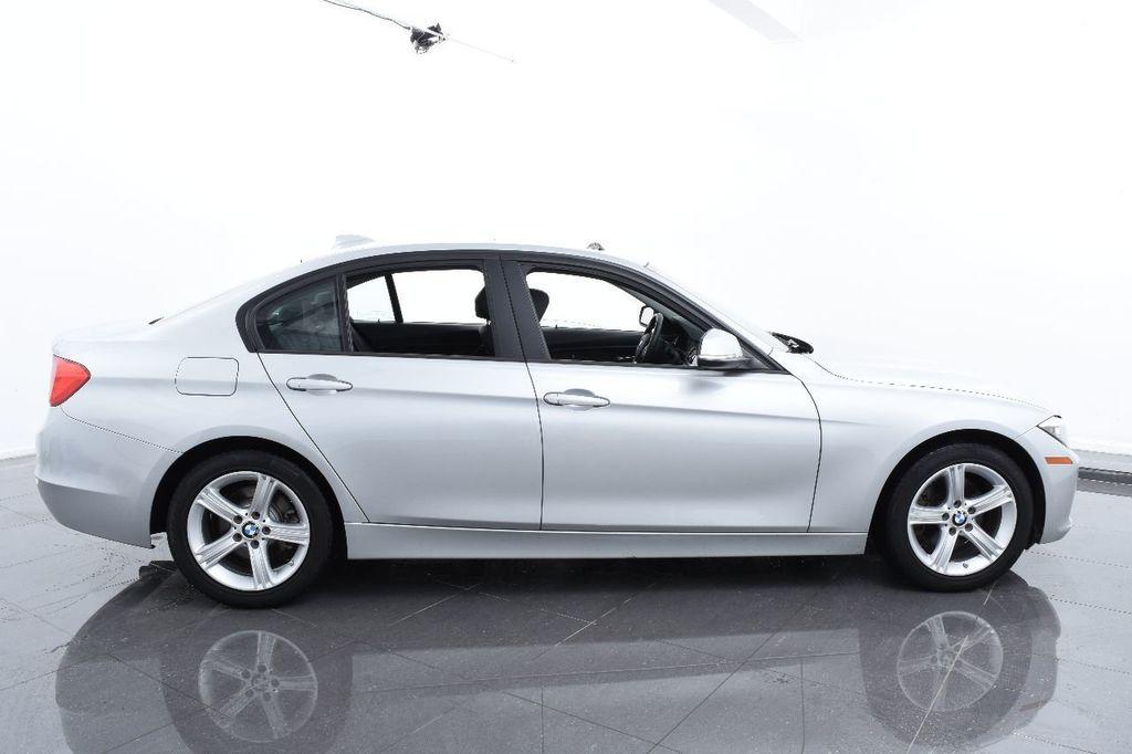 2015 BMW 3 Series 320i xDrive - 17910535 - 11