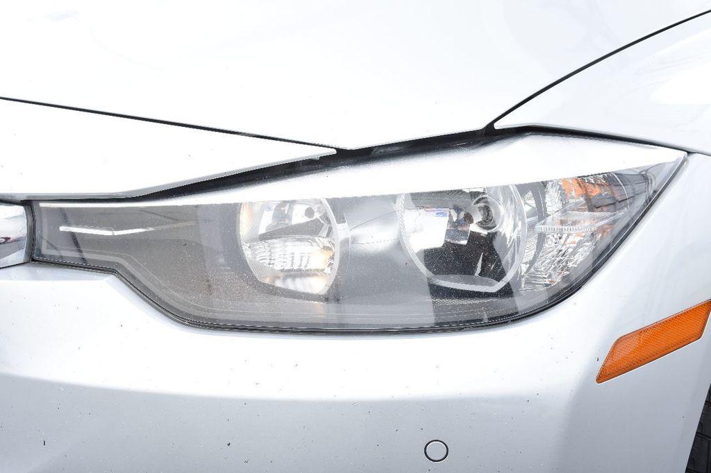 2015 BMW 3 Series 320i xDrive - 17910535 - 13